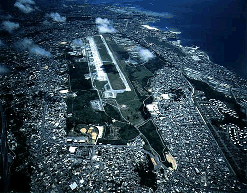 https://www.globalsecurity.org/military/facility/images/futenma-mcas1.jpg
