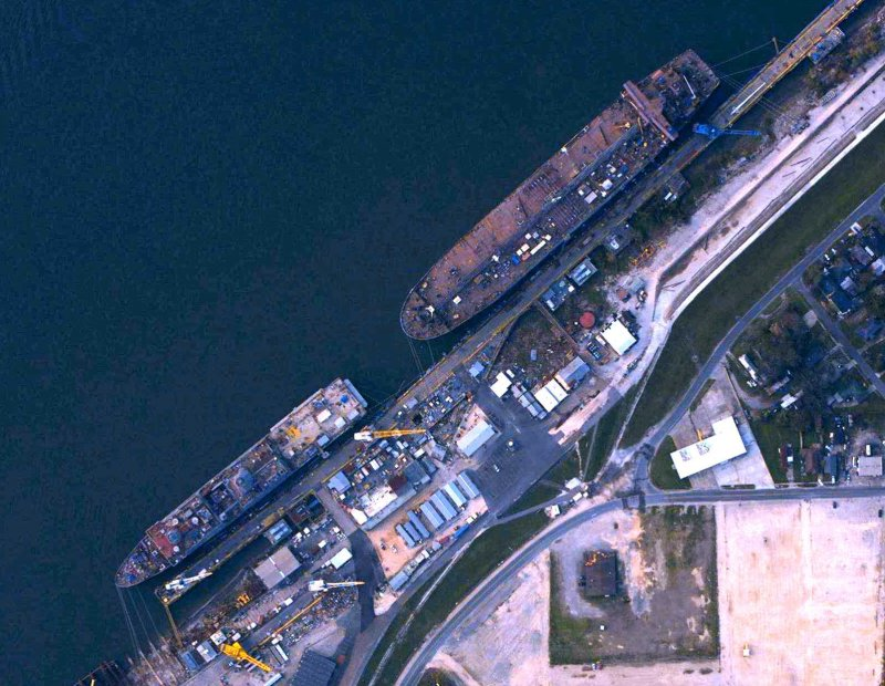 Post Katrina Aerial Imagery Of The Avondale Shipyard