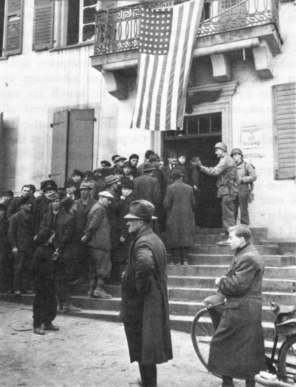 a history of american occupation of japan Revisiting america's occupation of japan laura hein department of history, northwestern university this essay surveys and evaluates the last decade of english.