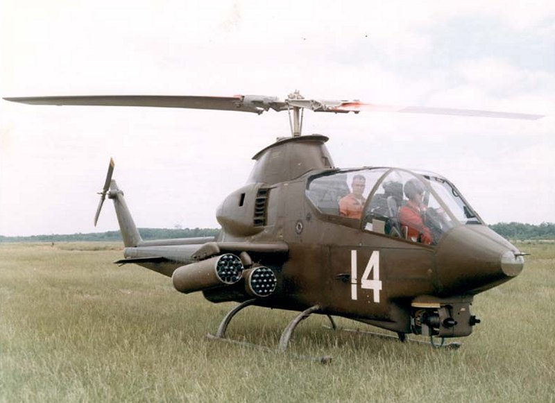 uh 1 helicopter for sale with Ah 1 Pics on Top 5 Things For Successful Dioramas likewise File RC Helicopter Bell222 with Pilot together with Interesting Photos Part 3 besides Huey 705s Unplanned Las Day In Vietnam also Ah 1 Pics.