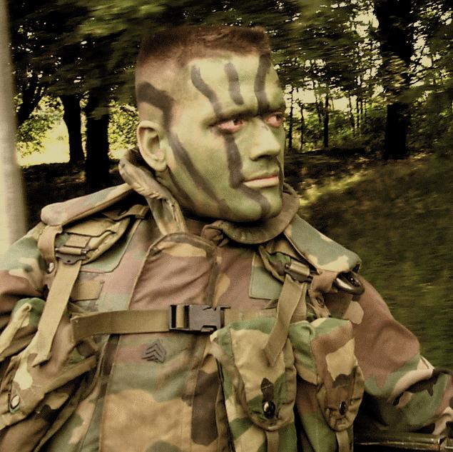 How to Apply Camouflage Face Paint - Arts and Crafts - iHowd