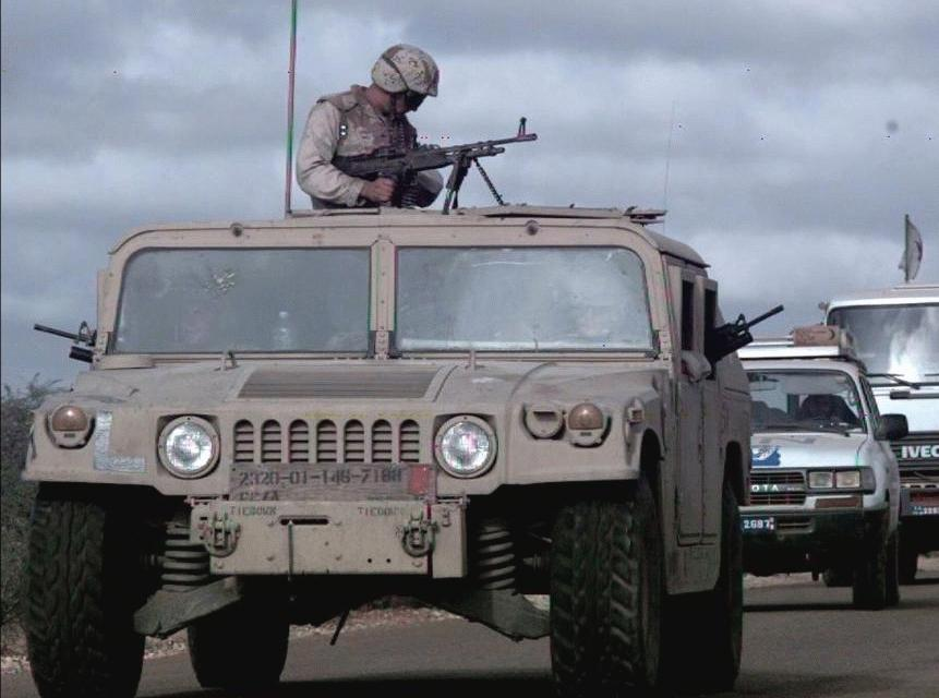 Humvee Front Axle : High mobility multipurpose wheeled vehicle hmmwv m