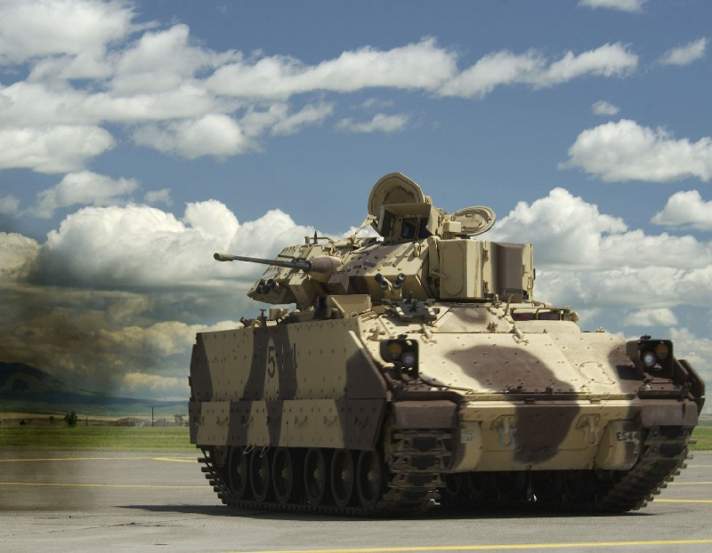 M2 / M3 Bradley in Action, US Army IFV (2015 ed) (Squadron Signal 12056)