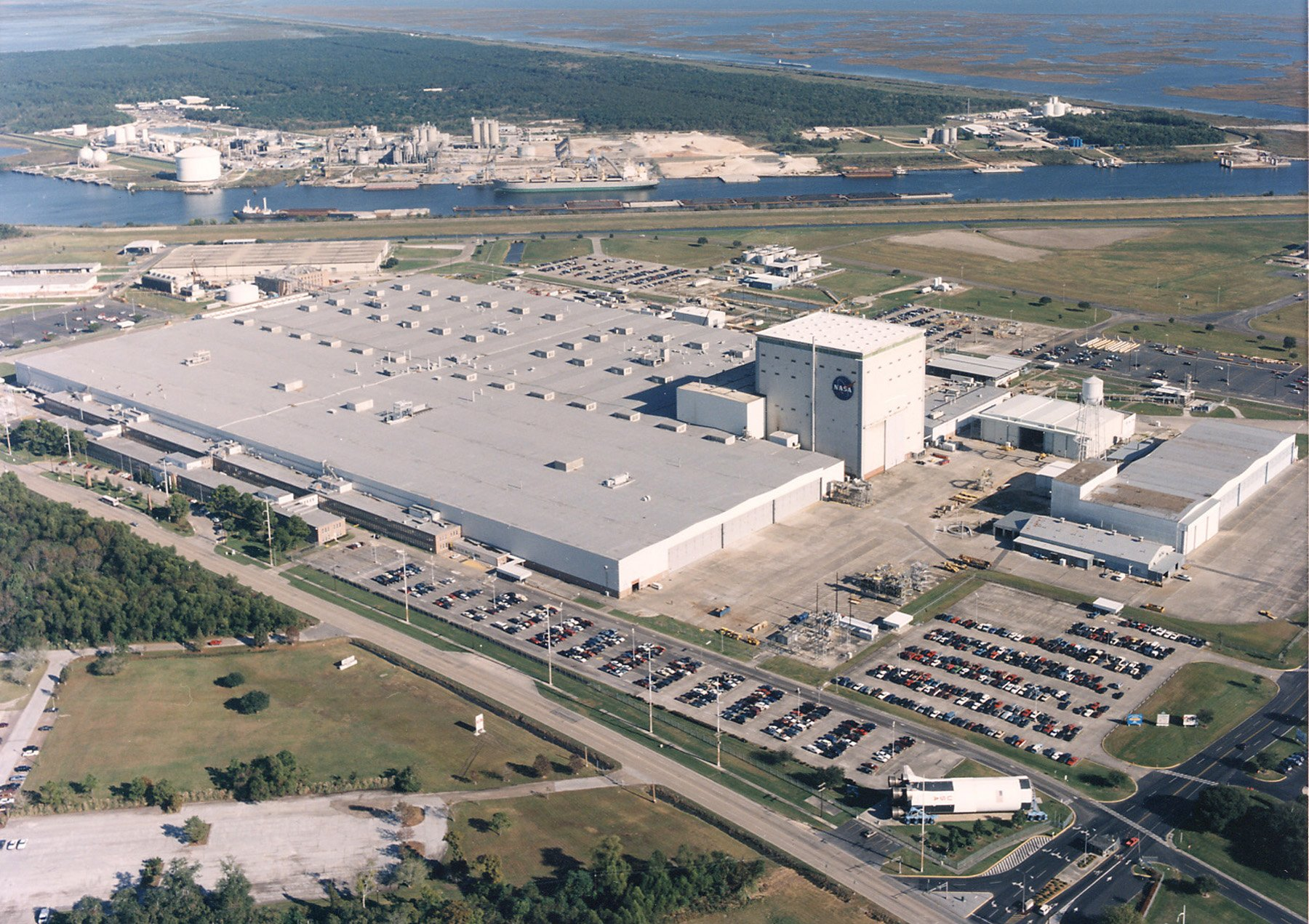 spacecraft assembly facility - photo #43